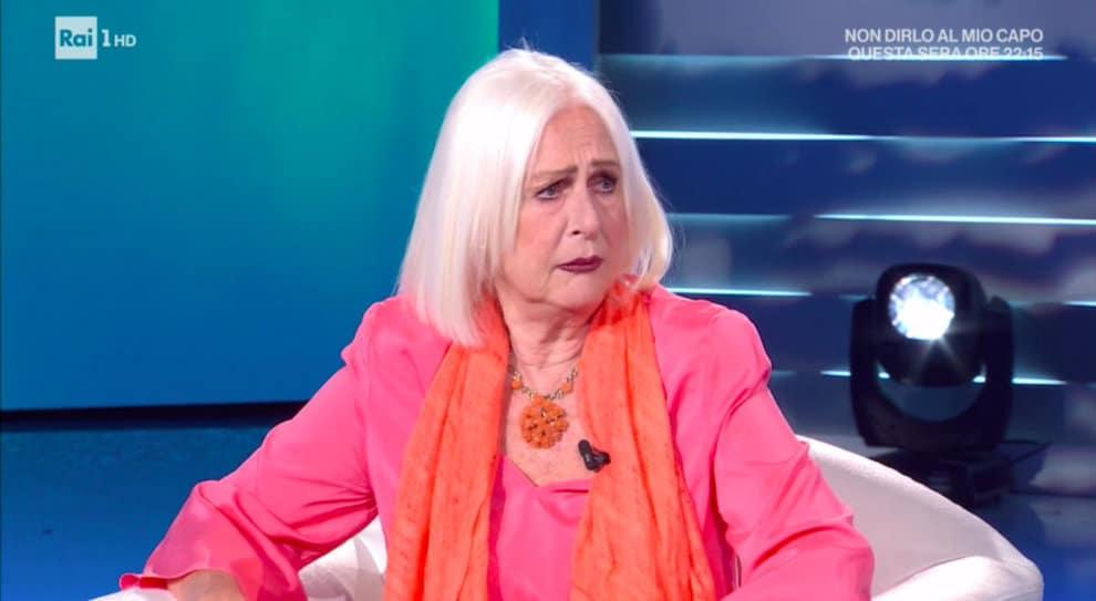 Domenica In, Mara Venier controbatte a Loretta Goggi ma lei, incredula, la fredda con una risposta