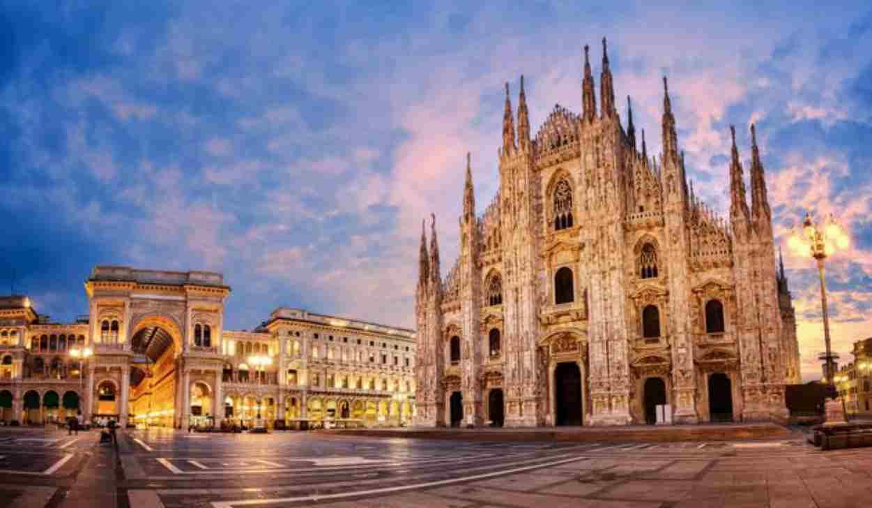 """Frase choc dello scrittore Mantellini membro della task force del governo """"Per questa estate, chiudiamo i lombardi in Lombardia"""""""