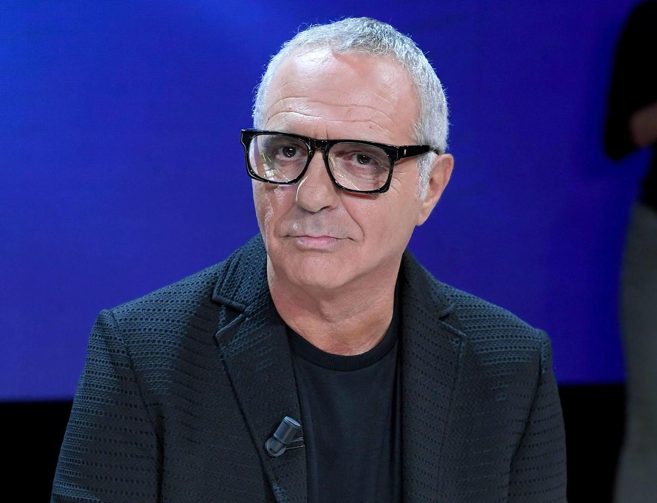 """Amici Speciali, Giorgio Panariello fa una terribile gaffe e il mondo del web lo stronca, """"alle battute che fa ride solo lui"""""""