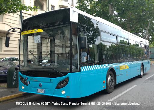 Coronavirus, autobus sta circolando, passeggero sviene, gli altri passeggeri evacuati autista in quarantena