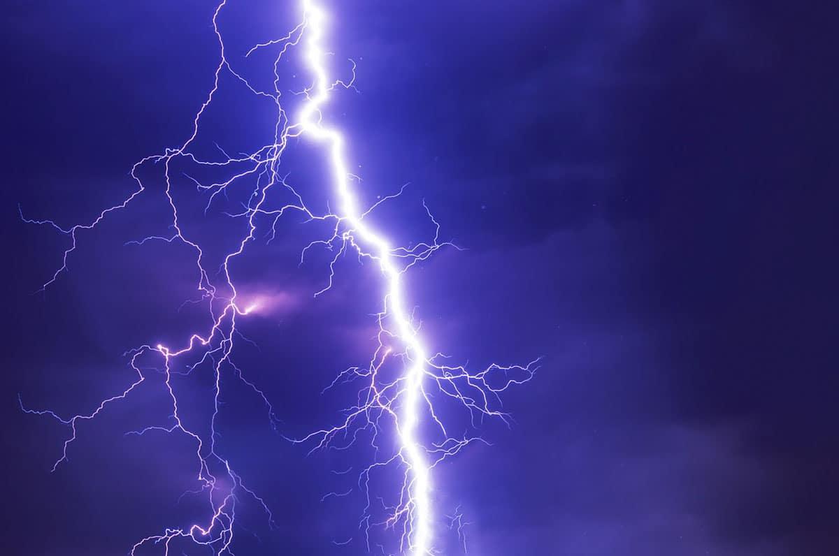 Allerta meteo su tutta la Puglia dalle ore 8 di oggi e per le prossime 36 ore, improvvisi temporali e rischio idrogeologico