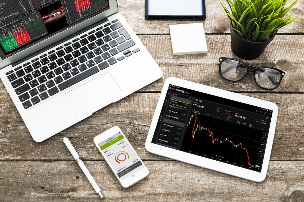 Giocare online, come gestire le proprie finanze