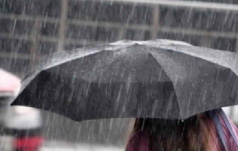 Allerta meteo nel barese, da oggi pioggia e temporali, temperature in notevole calo