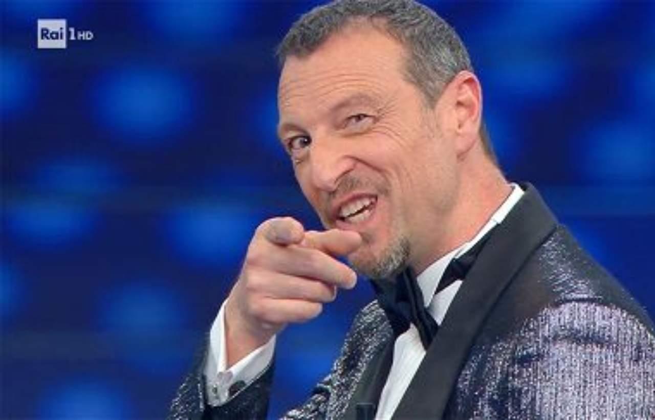 """Sanremo, Amadeus rende noto il regolamento ed esplode un caso, Fimi: """"La Rai comincia malissimo"""""""