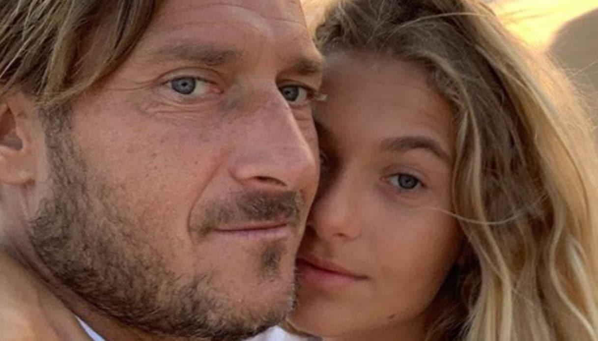 Francesco Totti e la figlia Chanel, la diretta Instagram finisce malissimo e Totti mette tutto in chiaro