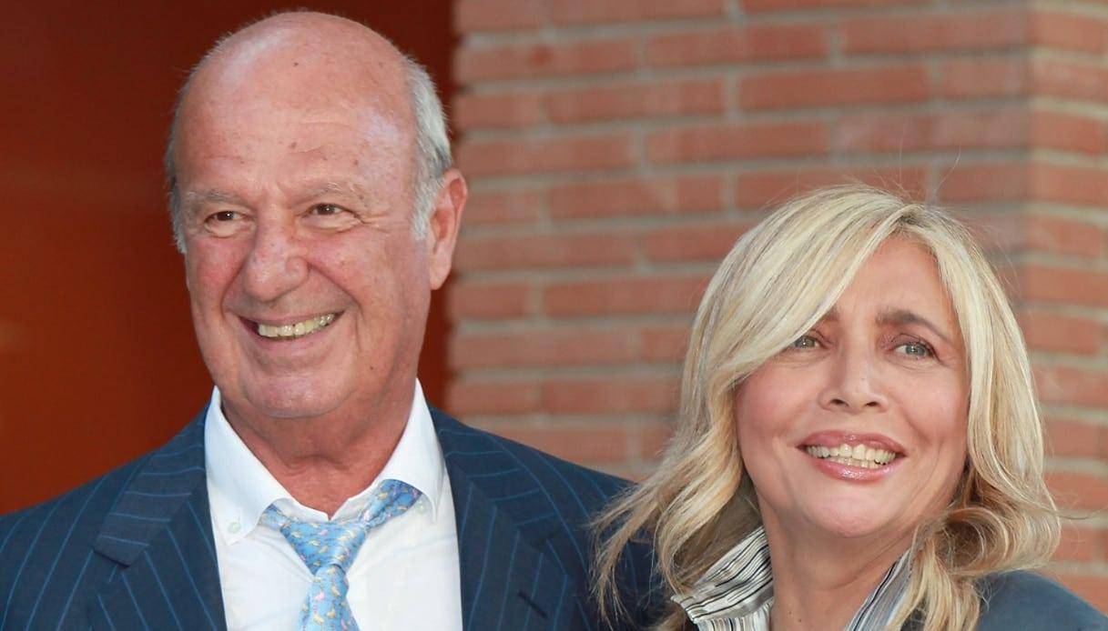 Mara Venier, il marito Nicola Carraro si sfoga sui social sulla moglie e svela dettagli importanti, poi spiega il ruolo di Jerry Calà