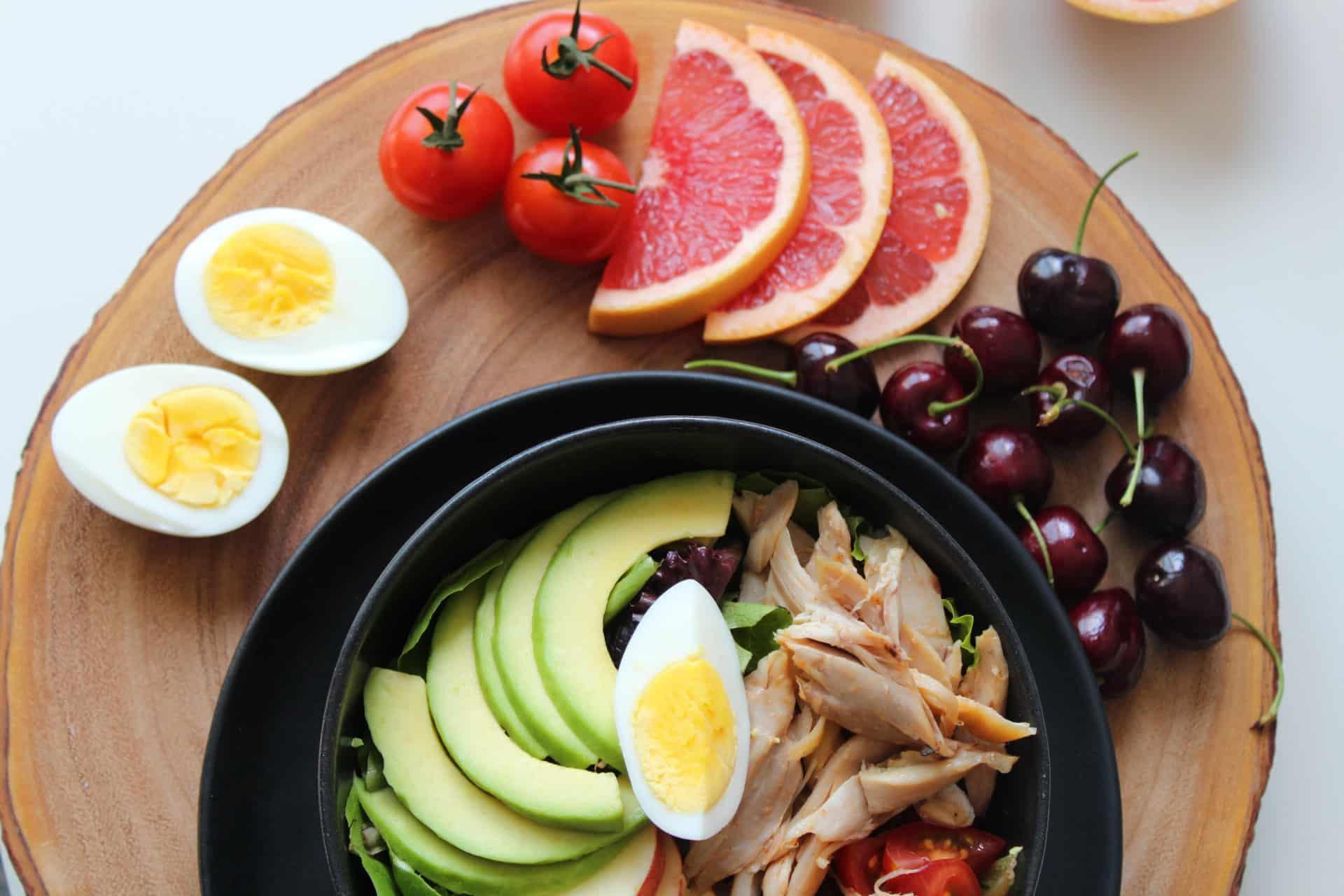 Combattere il caldo a tavola con il cibo