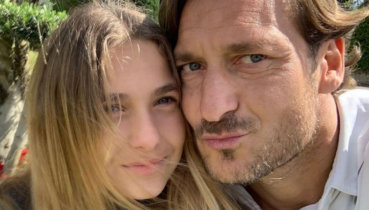 """La figlia di Totti e Ilary Blasi, il Moige """"E' perverso ciò che è stato fatto"""", il direttore 'Gente': """"Volevo valorizzare la famiglia """""""