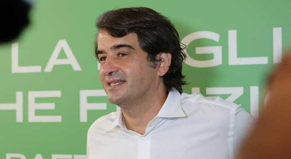 Emergenza Covid-19, positività di Raffaele Fitto, disposti tamponi a tappeto, si temono centinaia di contagi