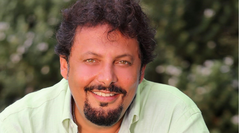 """Domenica In, Mara Venier mette a tacere Enrico Brignano, """" Stai zitto altrimenti …"""""""