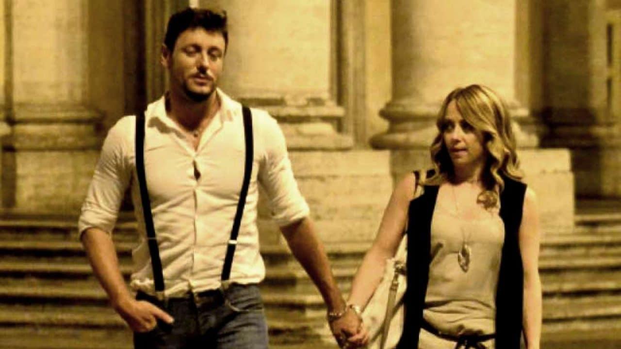 """Giorgia Meloni, Andrea Giambruno il compagno debutta a Studio Aperto e di lei dice """" E' stato un colpo di fulmine"""""""