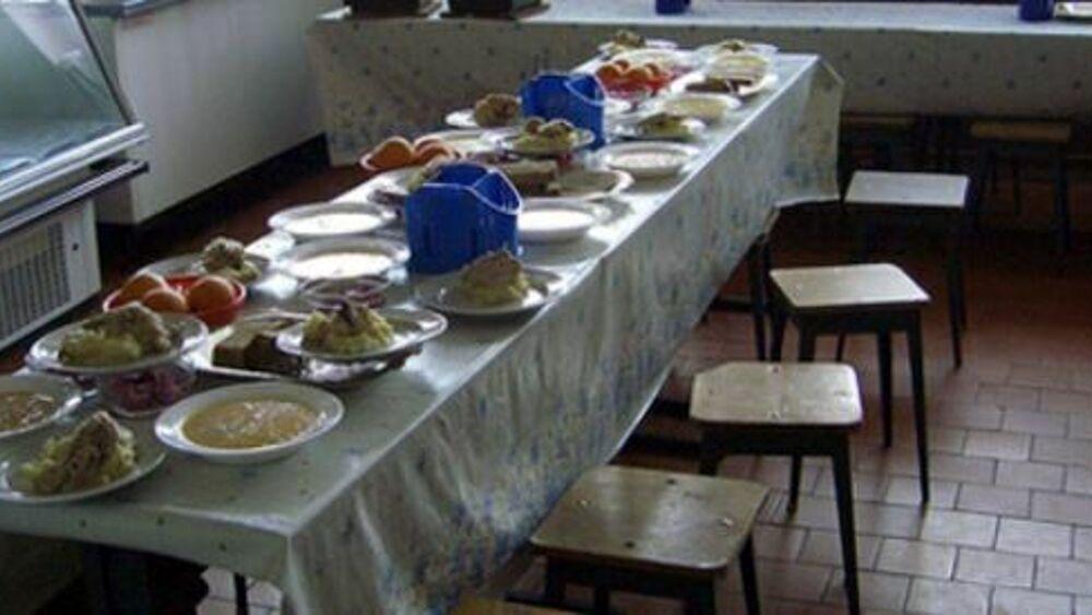 Un pranzo tra amici in pochi giorni si è trasformato in un focolaio del virus, sono 15 i commensali positivi