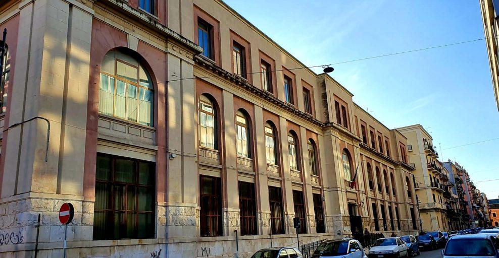 Bari, alunno positivo al Coronavirus, chiusa al Libertà la scuola elementare Principessa di Piemonte