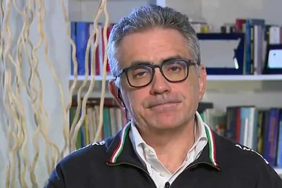 """Emergenza Covid-19, il Professor Pregliasco """"picco tra 7 giorni, calo dei contagi nella prossima settimana, fase d'emergenza negli ospedali quasi superata"""""""