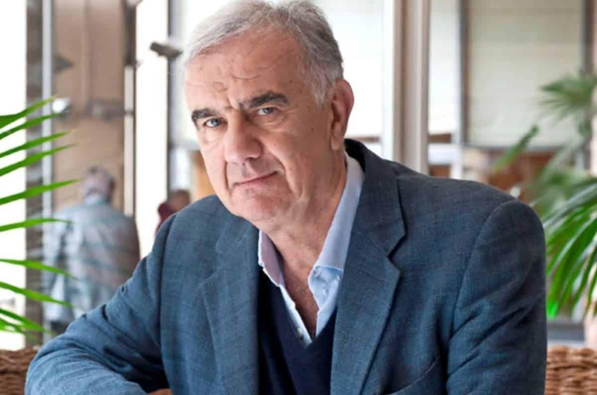 Gene Gnocchi gaffe imperdonabile, Barbara D'Urso gli fa una domanda ma lui non ricorda la risposta, cala il gelo in studio