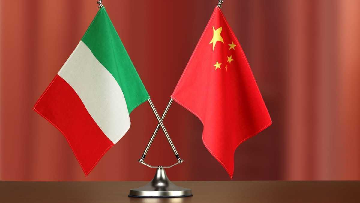 Emergenza Covid-19, la Cina vieta l'ingresso nel Paese agli italiani, motivo: troppi contagiati