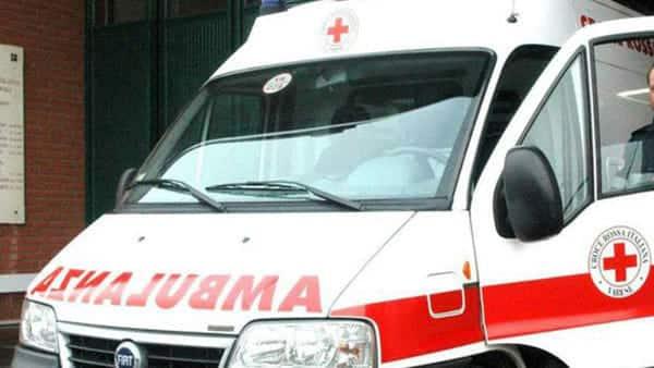 Bari quartiere Libertà, lite tra donne per questioni condominiali finisce in tragedia, per un malore muore una 70 enne