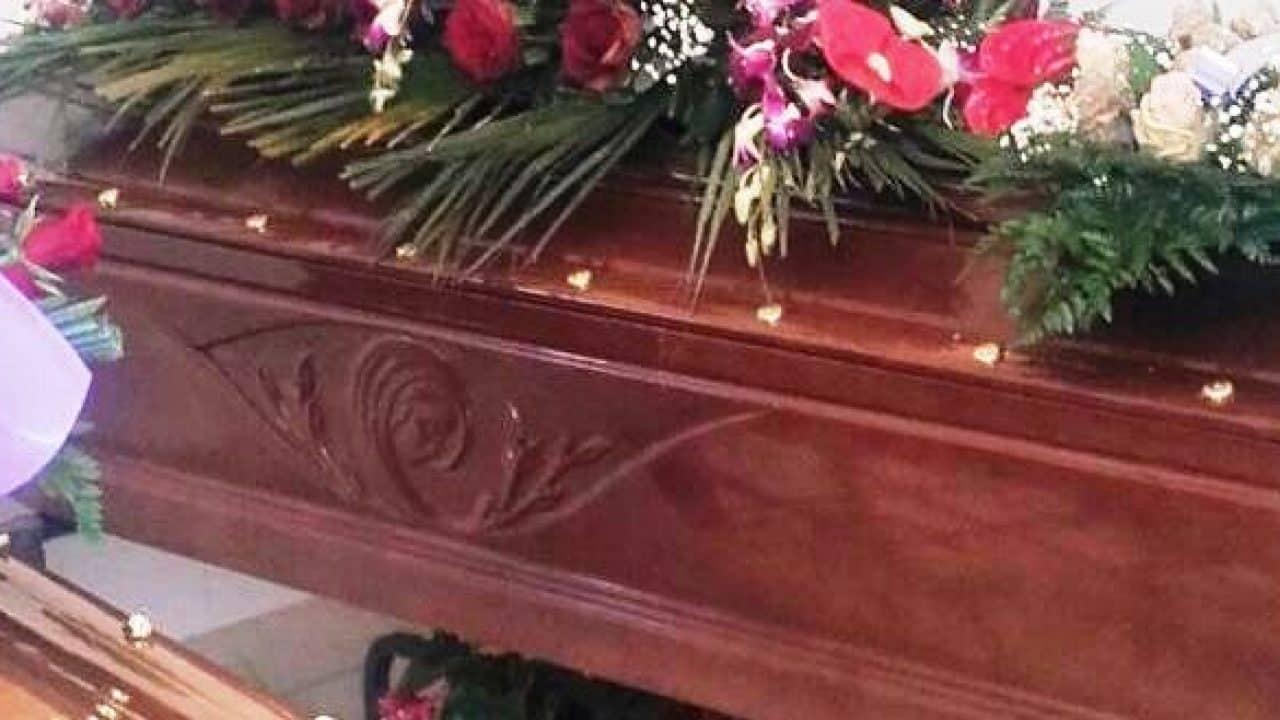 Carabinieri bloccano un funerale, nella bara c'era il morto sbagliato, cambio di salme in obitorio