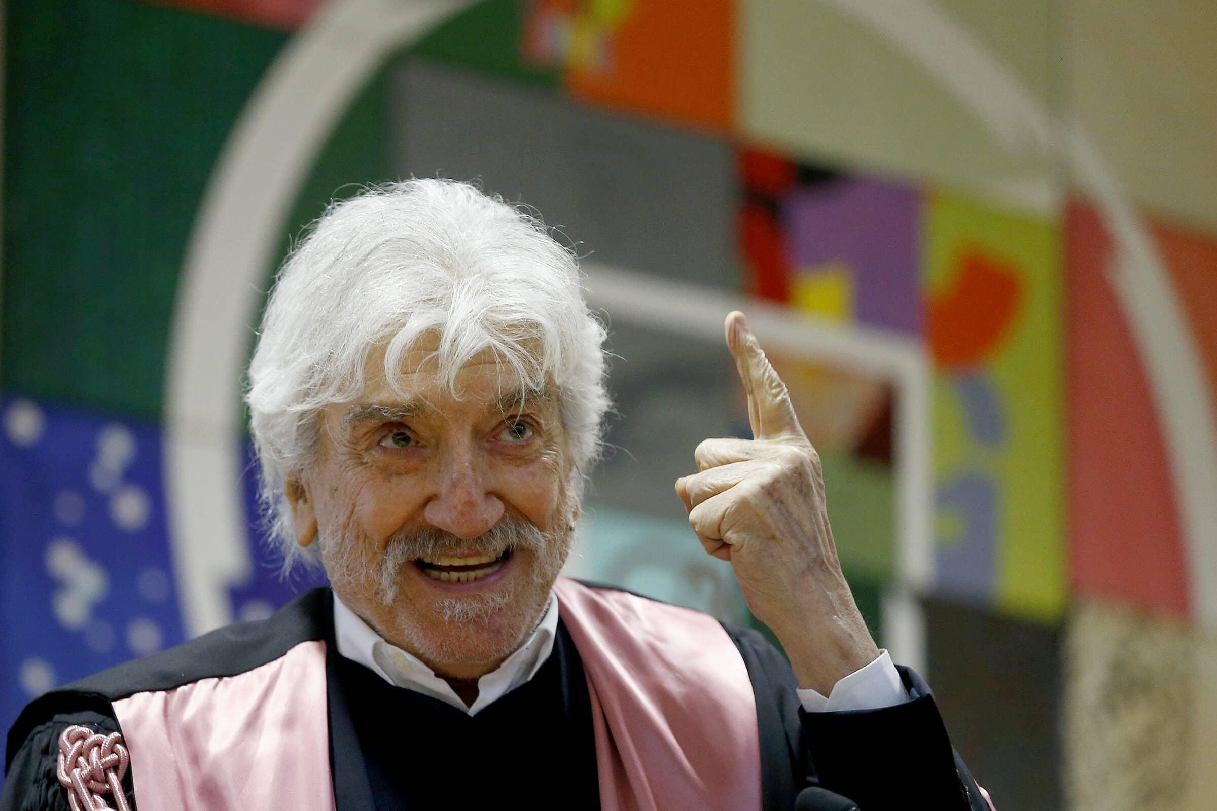 L'ultima mandrakata, Gigi Proietti è morto per problemi cardiaci il giorno del suo compleanno, avrebbe compiuto 80 anni