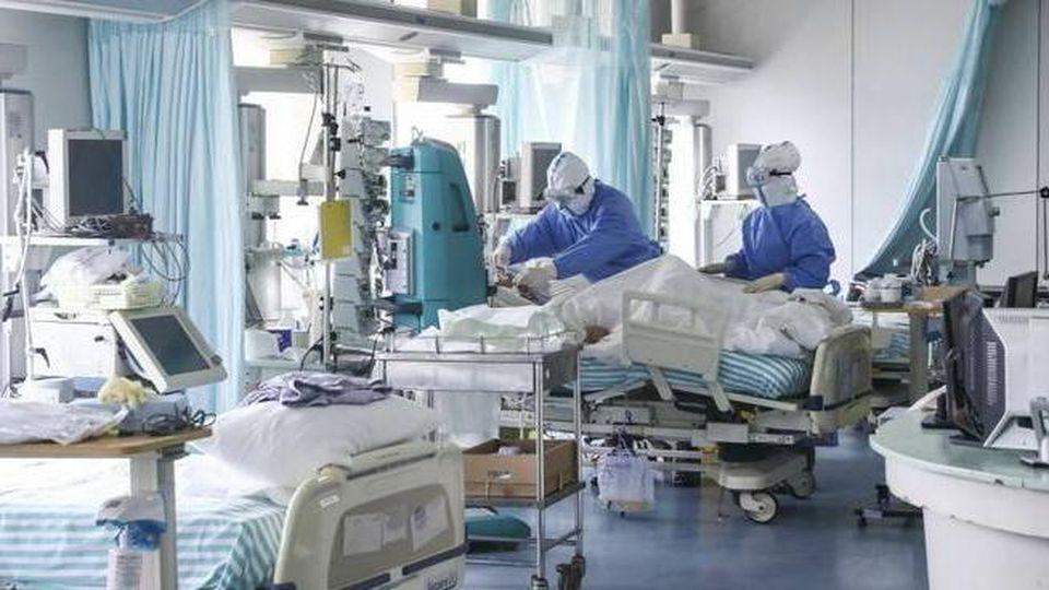 """Emergenza Covid-19, presto i medici dovranno prendere decisioni dolorose """"In Terapia Intensiva dare la precedenza a chi ha più possibilità di salvarsi"""""""