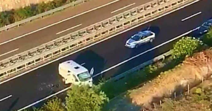Bari autostrada A14, assalto all'alba a un portavalori, in azione commando armato
