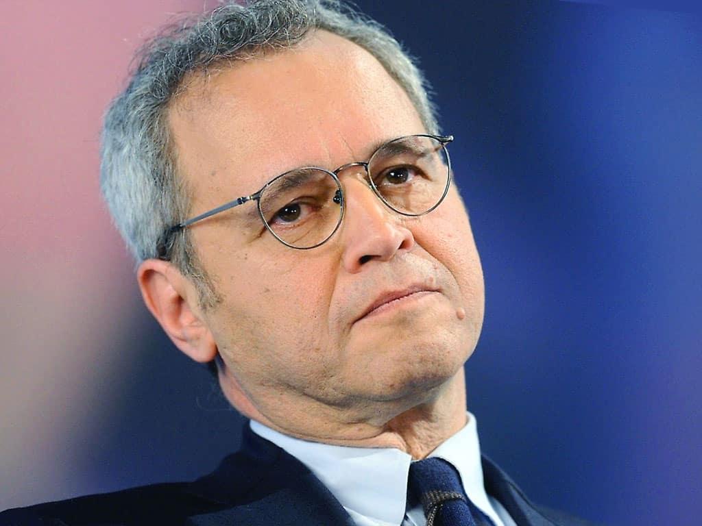 """Enrico Mentana, una furia contro il suo inviato: """"Ma tu lavori per noi o …."""""""