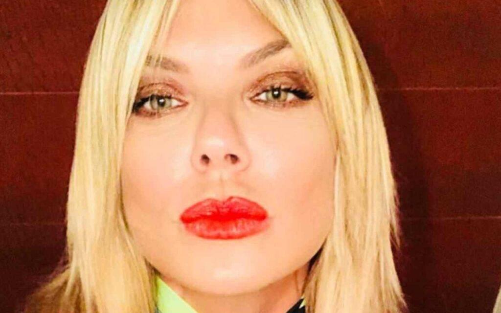 """Matilde Brandi vuole chiarire qualcosa prima della messa in onda della puntata di Verissimo: """" Metto questo post prima che esca la mia intervista … si deve vergognare…"""""""