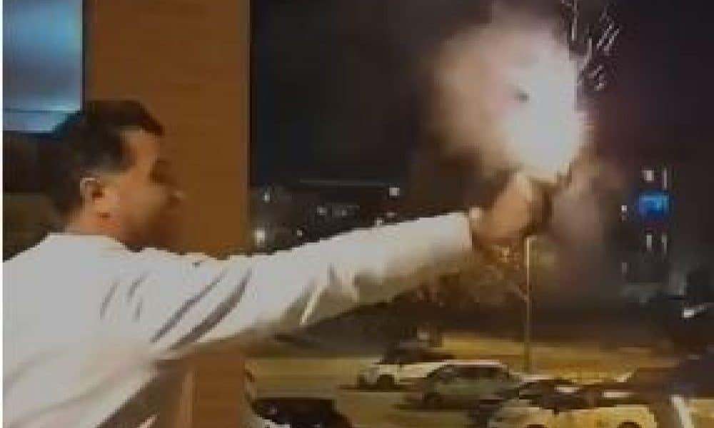 """Foggia choc, il Presidente del Consiglio comunale spara dal balcone, il politico """"non mi dimetto"""""""