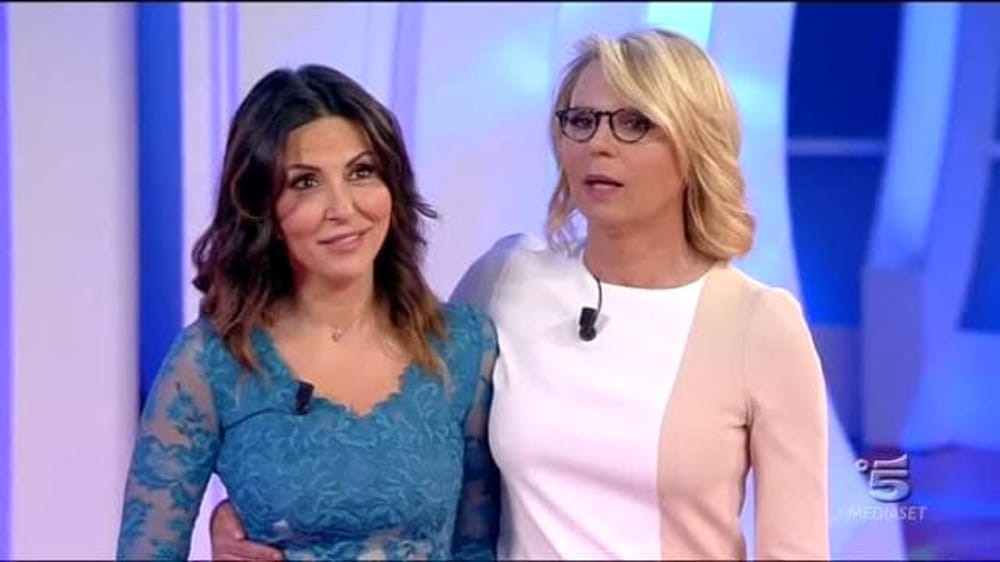 C'è Posta per te, Sabrina Ferilli si sente presa troppo in giro da Maria De Filippi e sbotta, Maria De Filippi le dice …