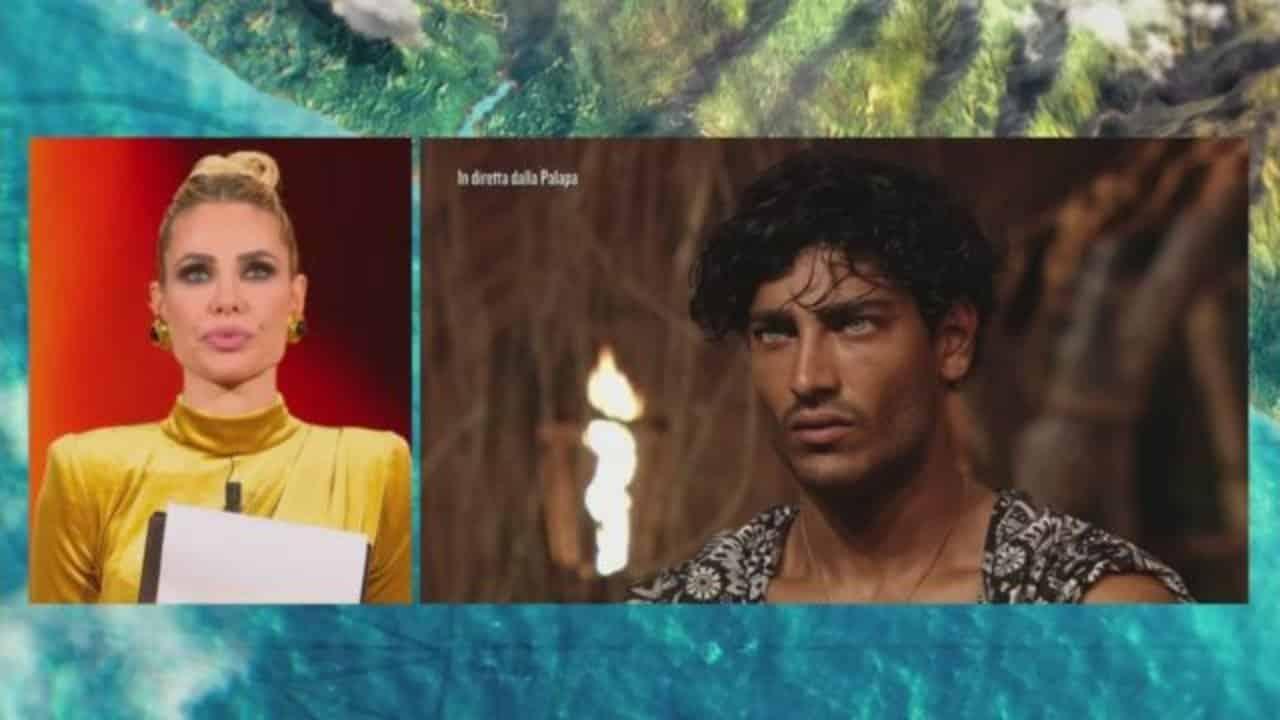 """Isola dei famosi, Ilary Blasi parole di fuoco a Akash Kumar: """" … sicuramente meglio di te"""""""