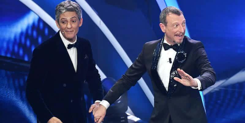 """Sanremo 2021, cantanti in gara una furia contro Fiorello e Amadeus: """"Ma Amadeus ne sa di musica …"""""""
