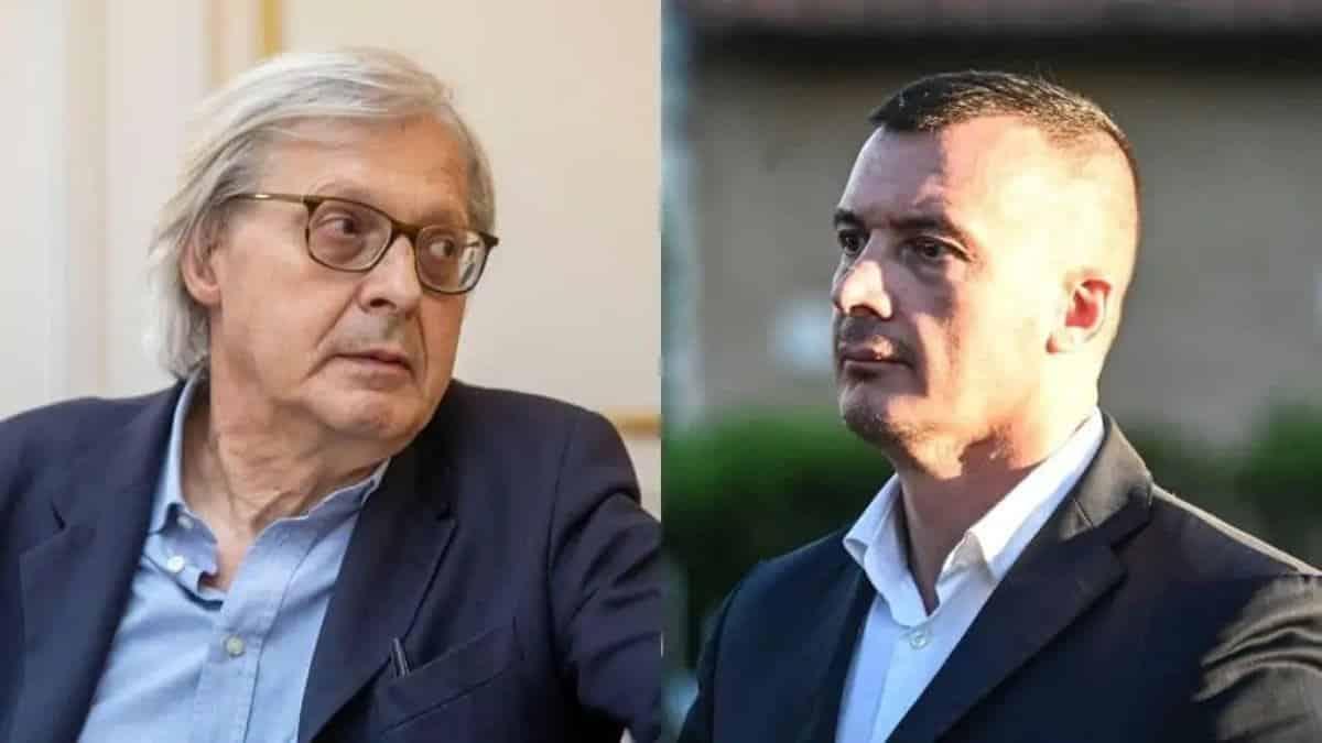 """Vittorio Sgarbi fuori di sè risponde a Rocco Casalino """"Se lo tenga pure come .."""""""