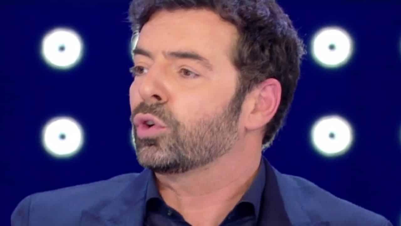 """Vita in diretta, Alberto Matano mai visto così: """"Sono senza …"""""""