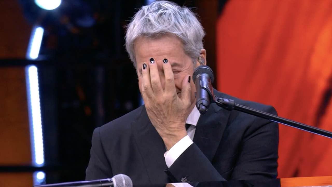 """Felicissima sera, Pio e Amedeo massacrano Claudio Baglioni e lui """"La mia carriera è finita…"""""""
