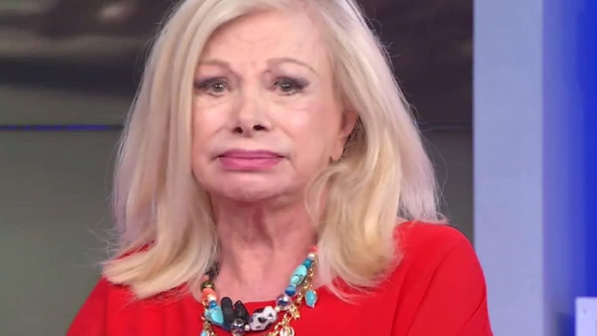 """Domenica Live, Sandra Milo una furia contro Alessandro Cecchi Paone """"Sei un …"""", Cecchi Paone fuori di sé"""