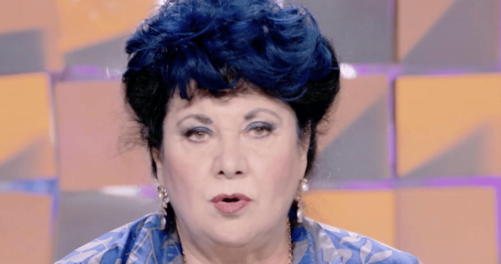 """Marisa Laurito lancia una bomba su un famosissimo, l'accusa è pesantissima """"dietro le quinte …"""""""