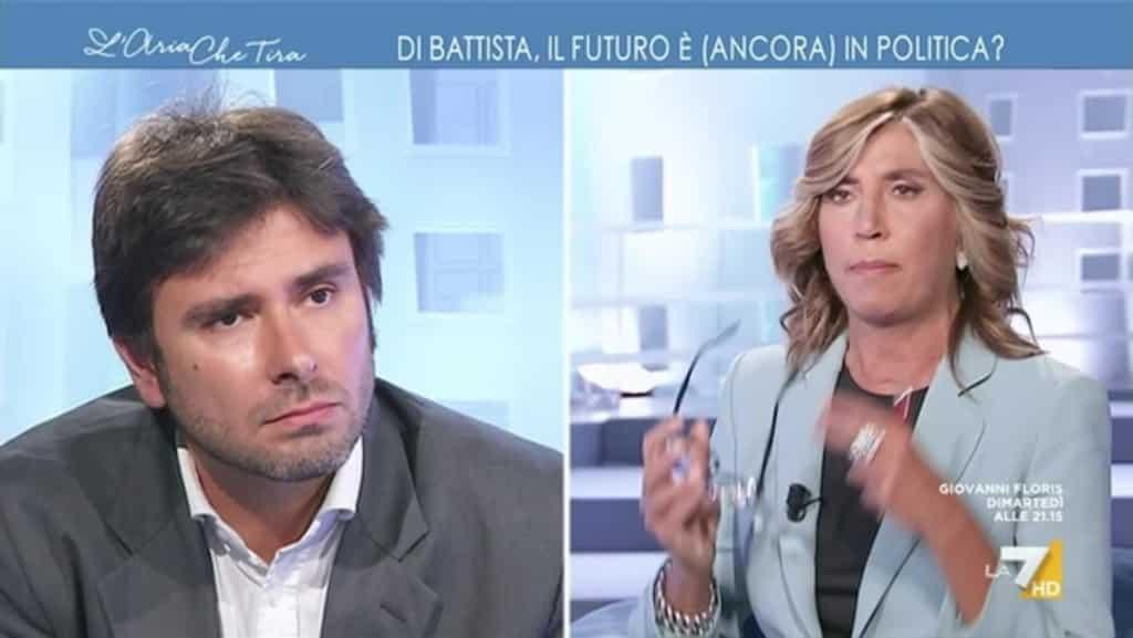 """L'aria che tira, Alessandro Di Battista una furia contro Myrta Merlino: """"Non mi chiamo Dibba!"""", momenti di tensione, la Merlino resta senza parole"""
