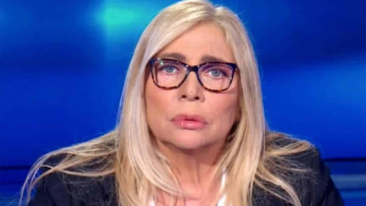 Mara Venier, Alessandro Cecchi Paone dice che l'intervista che Mara ha fatto a Elisabetta Gregoraci è stata …