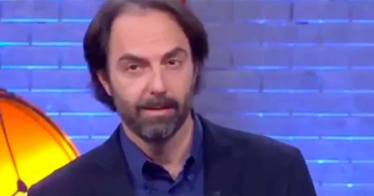 I Soliti Ignoti, Neri Marcorè si comporta con gli ignoti come nessuno mai aveva fatto e il web lo applaude