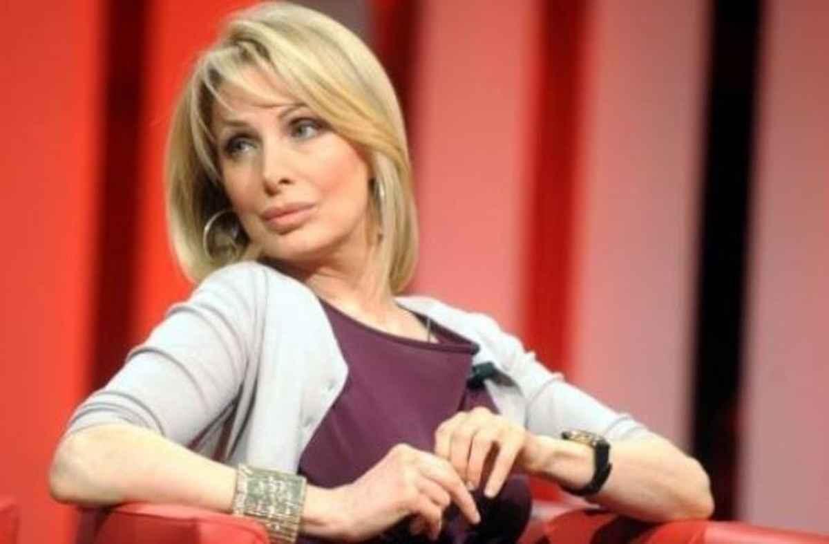 """Marta Flavi, diretta su Maria De Filippi: """"Io penso che dovrei …"""""""