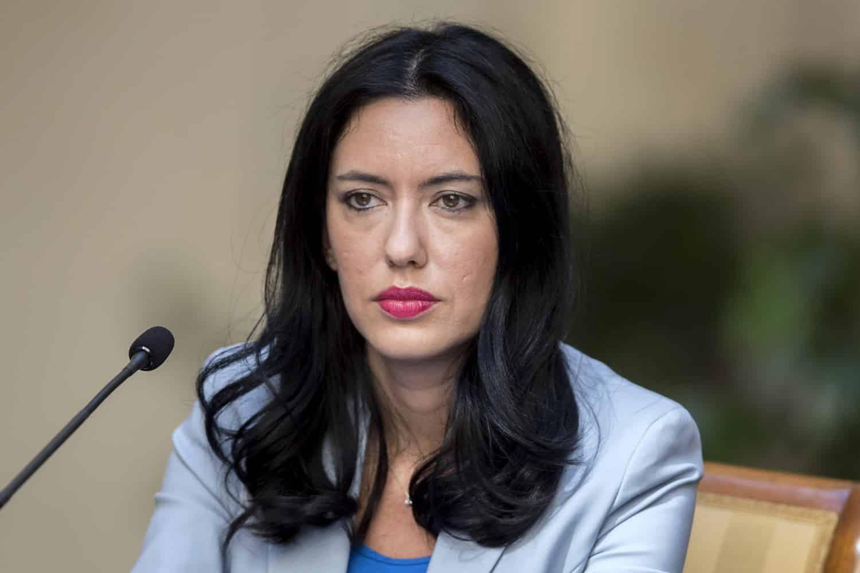 Cartabianca, terribile gaffe dell'ex ministro Azzolina, Paolo Mieli e Bianca Berlinguer la correggono
