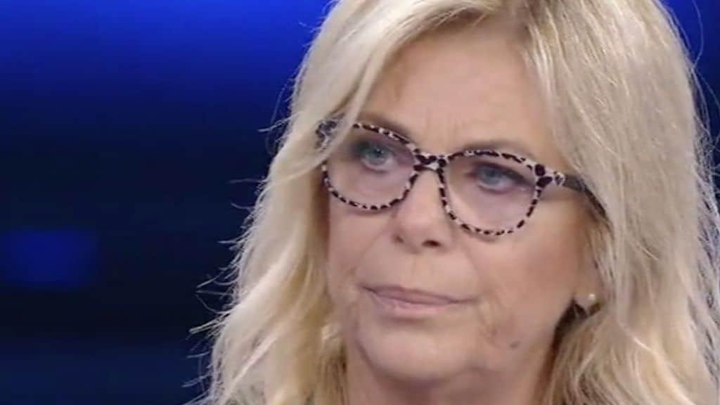 """La vita in diretta, Rita Dalla Chiesa fuori di sé """"sei un imbecille"""", gelo in studio"""