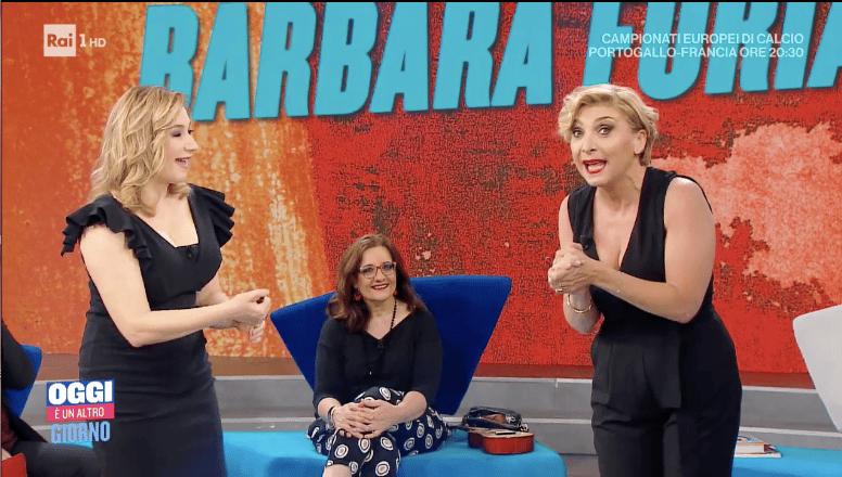 Oggi è un altro giorno,  Barbara Foria imita Serena Bortone e il pubblico …