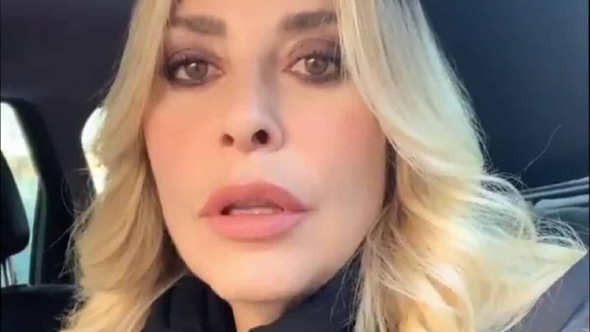 """Giulia Salemi e Stefania Orlando volano stracci """"Sei una …"""""""