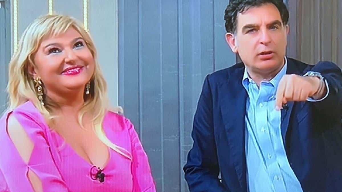 """Monica Setta al veleno contro Tiberio Timperi: """"E' tornato a lavorare in Rai grazie a me e io non …"""""""