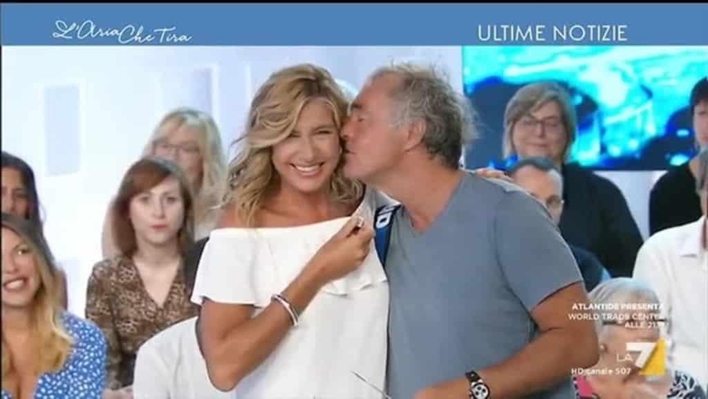 """L'aria che tira, Massimo Giletti mette in grande imbarazzo Myrta Merlino: """"Vedo che Tardelli…"""""""
