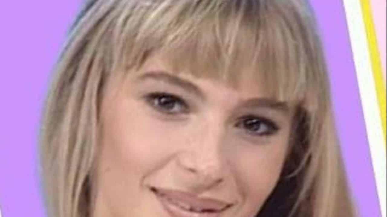 """""""Non è la Rai"""", Laura Colucci fa delle rivelazioni pesanti: """"Non era una favola"""" e poi il programma """"Le Iene"""" scopre che …"""